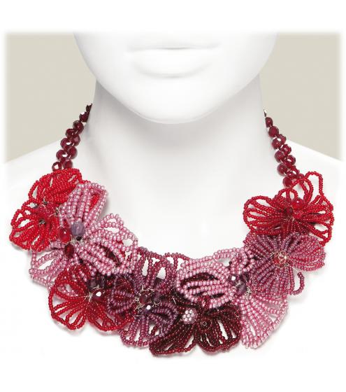 Zauberhafte Kette mit wunderhübschen Blüten aus Rocaille-Perlen